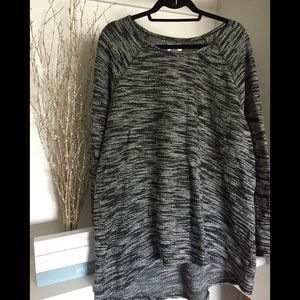 Black and grey old navy sweater